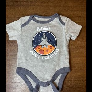 Young & Awesome NASA just landed onesie - 0-3M